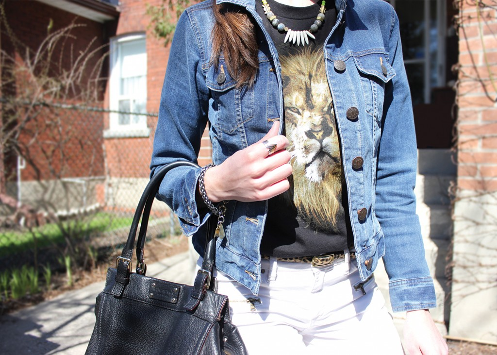 Style Bee in Jean Jacket, White Pants and Kate Spade Purse.