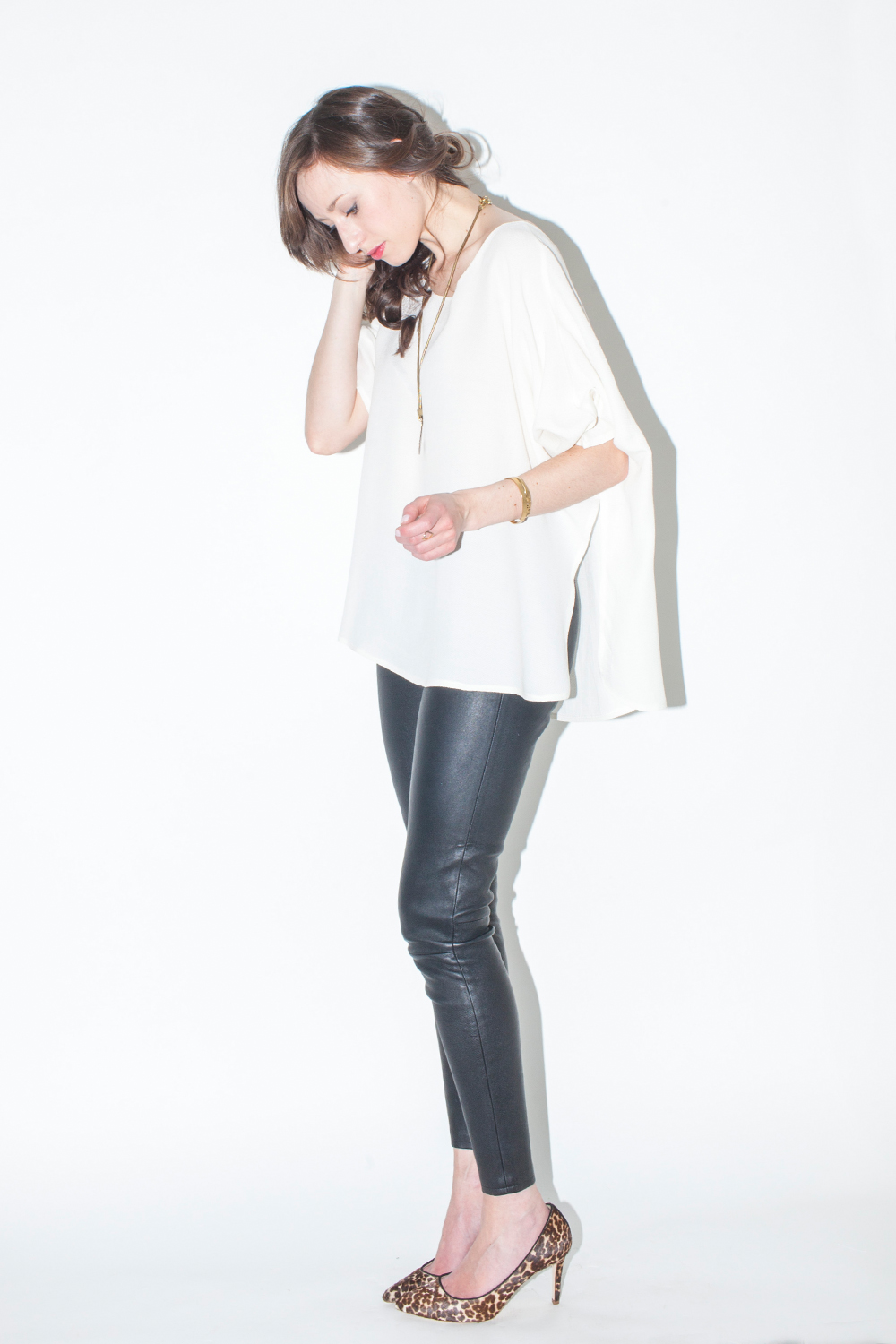 Style Bee in Hackwith top and leather pants