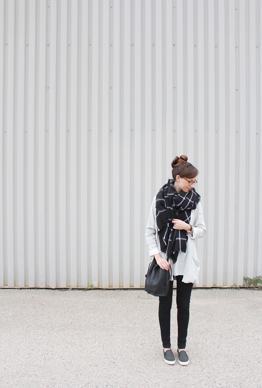 StyleBee - Casual Monday
