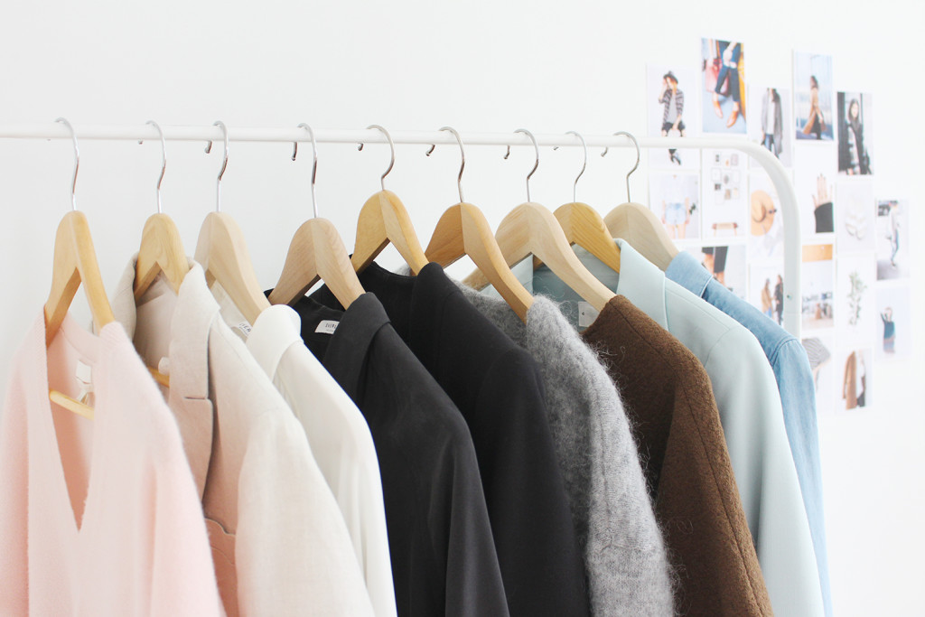 Style Bee - Closet Mission - Colour